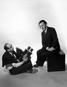 《インタビュー》The Interview, 1954 <左>フィリップ・ハルスマン <右>サルバドール・ダリ